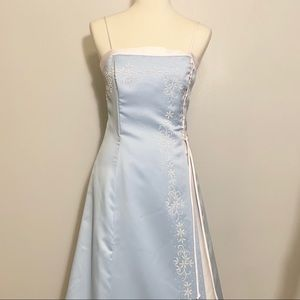 ❄️NWT Aspeed long gown Size M ❄️